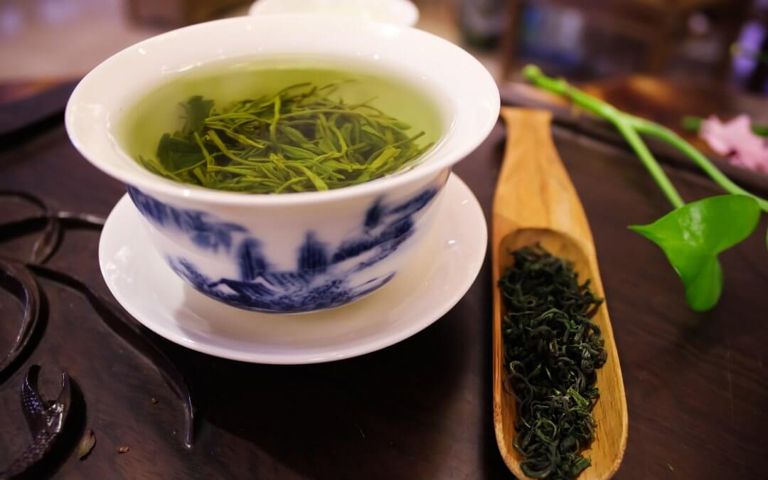 Propít se zeleným čajem ke zdraví